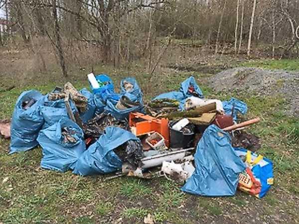 ... und das ist nur eine der Müllsammelstellen, die am Sonntag angelegt wurden.